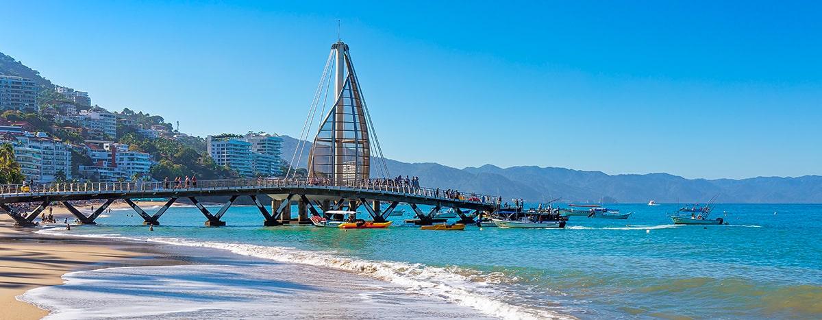 Conocer el muelle y playa de los muertos en Puerto Vallarta
